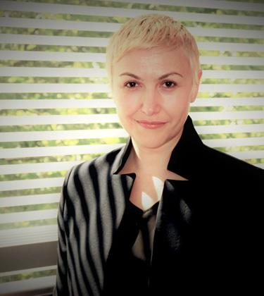Elena Simperl